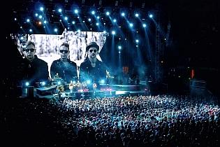 dm nimes5 cyril - Depeche Mode - Live in Nîmes, France, 2013 (Full HD)