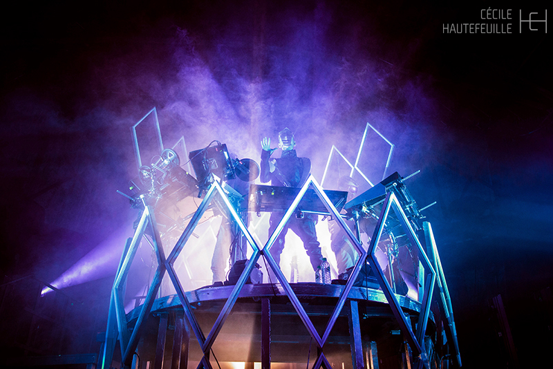 lights midnight machine