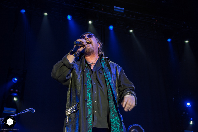 Reflections of Darkness - Music Magazine - Live Review: Toto
