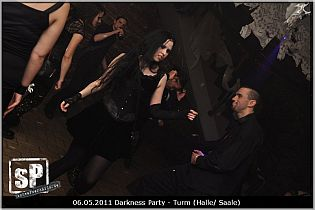 darknessparty_may2011_02