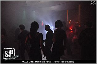 darknessparty_may2011_07